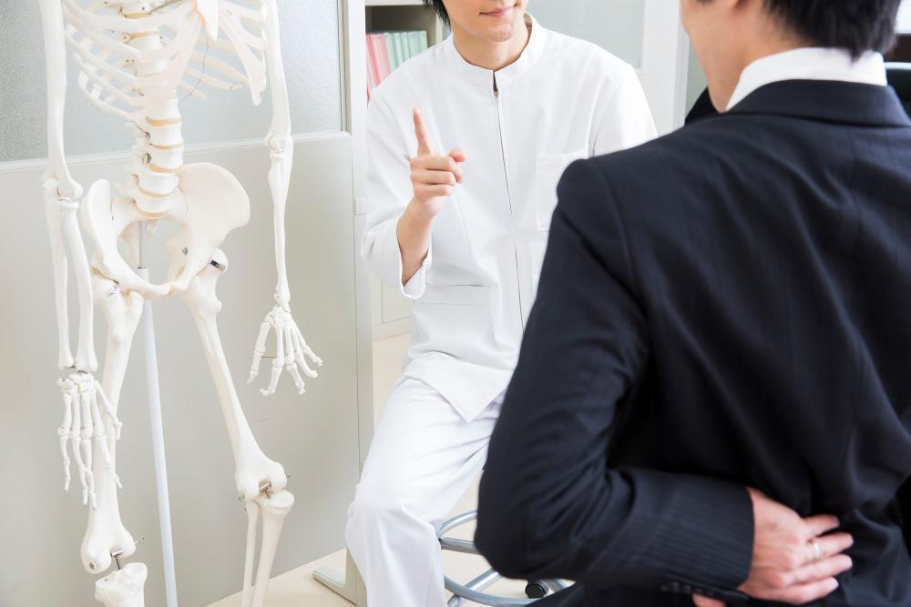痛みの原因を探し、丁寧な施術を実施。